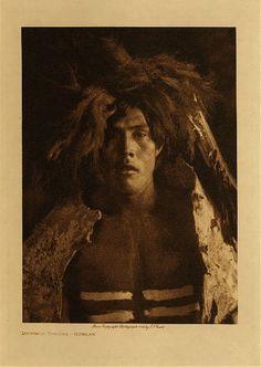 Buffalo dancer - Mandan,1908. Edward Sheriff Curtis Photography.