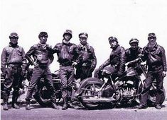 Kaminari zoku ('Thunder tribe') was a 1950s Japanese motorcycle gang.
