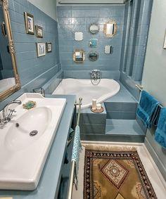 Tükrök - Fürdőszoba felújítás bontás nélkül | Kicsi Ház Spa Inspired Bathroom, Bathroom Inspiration, Corner Bathtub, New Homes, Sweet Home, Interior, Modern, House, Countryside