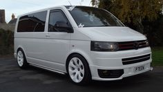 I like a lot T5 Camper, Vw T5, Volkswagen, Vw Transporter Van, Vw Caravelle, T Power, Cool Vans, Top Cars, Campervan