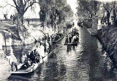 El antiguo Canal de La Viga era como hoy conocemos el barrio de Xochimilco.  Este canal hoy es ocupado por la transitada Calzada de la Viga, al oriente de la Ciudad de México.