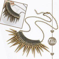 Collar de chuzos estilo vintage. Encuentra esto y más en: www.niuenlinea.co Tassel Necklace, Tassels, Jewelry, Vintage Style, Necklaces, Accessories, Jewlery, Jewerly, Schmuck