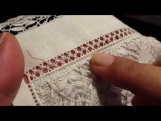 This Pin was discovered by San Types Of Embroidery, White Embroidery, Hand Embroidery Designs, Embroidery Patterns, Stitch Patterns, Hem Stitch, Satin Stitch, Hardanger Embroidery, Embroidery Stitches
