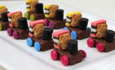 kids train cakes