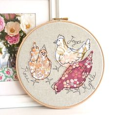 Sold on Etsy for (T R A Fav Shop). Embroidered Hoop Art - 'Rose, Joyce & Myrtle' chickens textile artwork in pink - hoop Freehand Machine Embroidery, Free Motion Embroidery, Embroidery Hoop Art, Free Machine Embroidery, Cross Stitch Embroidery, Quilting, Sewing Basics, Vintage Fabrics, Sewing Crafts