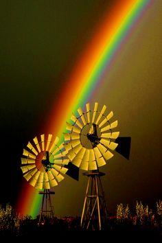 Our famous windmills - Paisajes 1 - Regenbogen Rainbow Magic, Rainbow Sky, Over The Rainbow, Rainbow Colors, Rainbow Connection, Somewhere Over, Pot Of Gold, Beautiful World, Cosmos