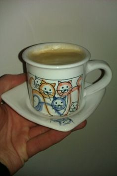 cats & coffee... HEAVEN