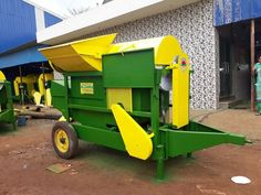 Groundnut Thresher Dry Crop Model Manufacturer, Supplier, Exporter in India