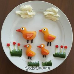 #Ördek ailesi gezintide... #Duck #family at trip... #foodart #edibleart #art…