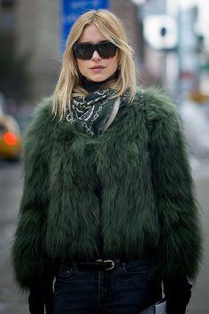 Street style moda en la calle semanas de la moda Nueva York                                                                                                                                                      Más