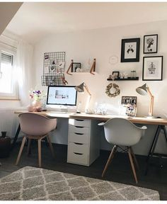 bureau à domicile - Büro & Home Office Home Office Layouts, Home Office Space, Home Office Desks, Office Ideas, Office In Bedroom Ideas, Creative Office Space, Ikea Office, Home Office Lighting, Desk Space