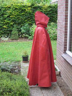 Rain Cape, Macs, Rain Wear, Red Riding Hood, Little Red, Lady In Red, Latex, Hoods, Raincoat