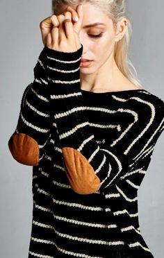 Stadium Stripe Sweater - 2 Colors Available - ShopLuckyDuck - 2