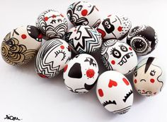 Cool Easter eggs. All you need are markers or pens.