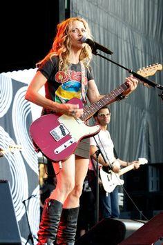 Telecaster Custom, Fender Telecaster, Guitar Photography, Sheryl Crow, Guitar Girl, James Bond Movies, Riot Grrrl, Female Guitarist, Her Music