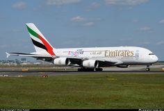 A6-EDJ Emirates Airbus A380-861