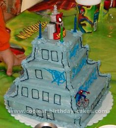 Take a look at the coolest Spider Man cake photos. You'll also find the most amazing photo gallery of homemade birthday cakes and how-to tips. Spiderman Birthday Cake, Diy Birthday Cake, Homemade Birthday Cakes, Birthday Parties, Wallpaper Pictures, Wallpaper Quotes, Amazing Photo Gallery, Spiderman Pictures, Man Cake