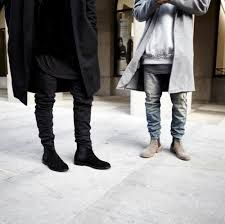 Chelsea boots will make any outfit you wear more stylish and classy. Even the simplest of outfits like black jeans and a white t-shirt will look amazing an Preppy Mens Fashion, Mens Boots Fashion, Best Mens Fashion, Fashion Fashion, Best Chelsea Boots, Represent Clothing, Swag, Instagram, Men's Style