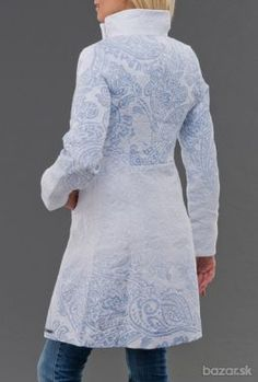 Desigual kabátik na jar 2014 biely