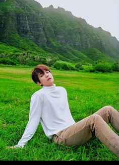 Find images and videos about kpop, exo and baekhyun on We Heart It - the app to get lost in what you love. Chanyeol, Kyungsoo, Exo Ot12, Chanbaek, Baekyeol, Kris Wu, K Pop, Baekhyun Wallpaper, Exo Album