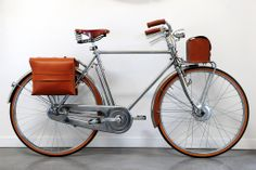The Chrome, #luxury #electric #bicycle for #vintage lovers! #Speed and #elegance on #twowheels