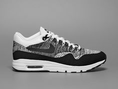 more photos 8394e d3645 Available   Nike US SNS Caliroots 43einhalb Overkillshop eastbay Footlocker  Finishline ASOS Pics via Worldbox Nike. Nike Air Max ...