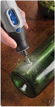 "How to etch glass with a Dremel. - How to etch glass with a Dremel. "" How to etch glass with a Dremel. Best Picture For trends insp - Wine Bottle Art, Wine Bottle Crafts, Dremel Tool Projects, Diy Projects, Dremel Ideas, Garden Projects, Project Ideas, Dremel Werkzeugprojekte, Dremel Carving"
