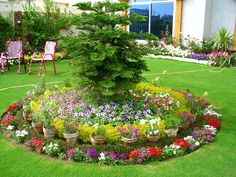 small front garden ideas for landscaping and floral arrangement in modern way. Modern garden decoration ideas and tips