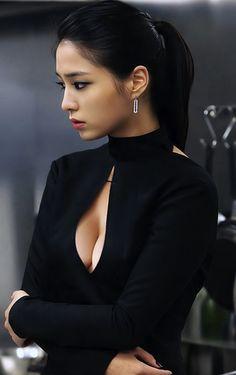 Lee Min-Jung, Korean actress