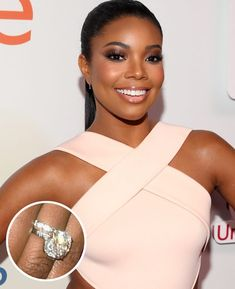 Scroll the best celebrity engagement rings to see what sparklers these iconic women have rocked. Rustic Engagement Rings, Rose Gold Engagement, Best Engagement Rings, Halo Engagement, Wedding Rings Teardrop, Stacked Wedding Rings, Wedding Rings Vintage, Celebrity Wedding Rings, Engagement Celebration