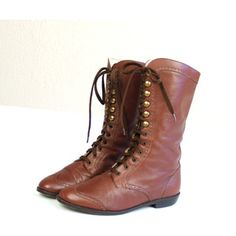 important that boots like this are made of supple leather.  vtg 80s Brown Leather  lace up WINGTIP BOOTS oxfords flats Victorian