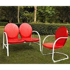Bring patriotic flair to your home this 4th of July! Shop the Griffith 2-Piece Metal Outdoor Set in Red now at AFW.com.