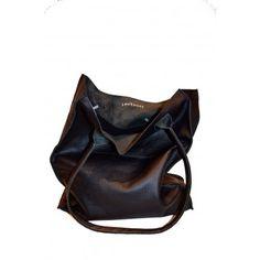 Cadeaus : Trendy leren tas met sterren print aan de binnenkant | Louloudi, fashion and lifestyle