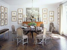 This might be my favorite dining room - chevron floors, round dining table. and gallery wall of framed intaglios. Design by Betty Burgess. Country Dining Rooms, Dining Room Wall Decor, Dining Room Design, Room Decor, Room Art, Traditional Wall Decor, Dark Table, Round Dining, Dining Tables