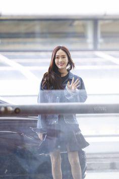 Jessica & Krystal, Krystal Jung, Jessica Jung, Snsd Fashion, Fashion Line, Korean Fashion, Airport Style, Airport Fashion, Ice Princess
