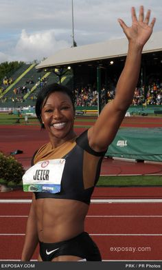 Rooting for Carelita Jeter in 100m finals!
