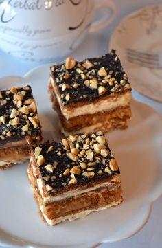 Obłędne ciasto Snickers - bez pieczenia