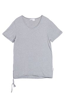 Today's Hot Pick :String Adjustment T-Shirt http://fashionstylep.com/SFSELFAA0012674/tlrkeen/out Get on with the fun with this basic t-shirt with drawstring waist. This basic tee is perfect all year long with its short sleeves and relaxed fit. Definitely the one to pair with khaki cargo pants plus blue sneakers.