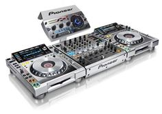 Pioneer CDJ2000 Nexus M & DJM900 Nexus M & RMX1000 M Platinum Bundle.  A serious piece of kit for my wish list.