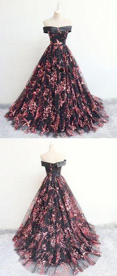 Black tulle lace long prom dress, black evening dress Source by lainaloveloup prom dresses Black Evening Dresses, Black Prom Dresses, Grad Dresses, Ball Dresses, Elegant Dresses, Homecoming Dresses, Pretty Dresses, Ball Gowns, Dress Black
