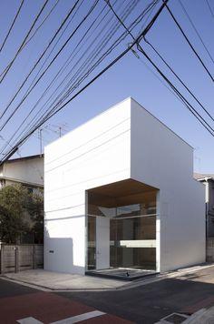 KKZ House / I.R.A.