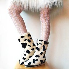 SALE SPoT ON SnowBoots NOS Vtg Faux Fur Vegan White Cream Black Spots Cowhide Dolmation for Animals Friendly Snow Bunnies Size 7 or 7.5 on Etsy, $46.00