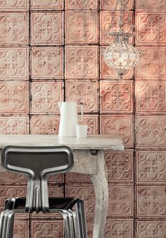 Brooklyn style: wallpaper inspired by tin plates on Brooklyn ceilings