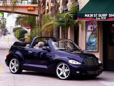 Chrysler PT Cruiser Convertible - they look WAAAYY better than they perform! Chrysler Pt Cruiser, Chrysler Cars, My Dream Car, Dream Cars, Plymouth, Pt Cruiser Accessories, Dodge, Cruiser Car, American Legend