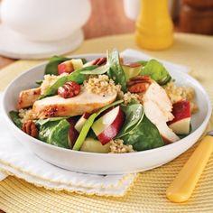 Salade de quinoa au poulet, épinards et pommes - Soupers de semaine - Recettes 5-15 - Recettes express 5/15 - Pratico Pratiques