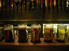 A Look at LA's SmithHouse Tap & Grill (@mutineermag)
