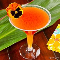 Start the luau off with one of our faves, the Guava-tini! Click for this & other lu-WOW drinks!