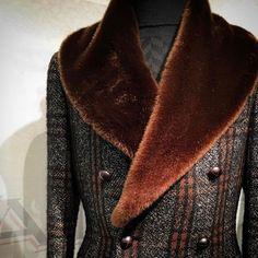 Mens Dress Coats, Men Dress, Mens Long Overcoat, Dapper Suits, Proper Attire, Mens Fur, Stylish Coat, Men's Coats And Jackets, Well Dressed Men