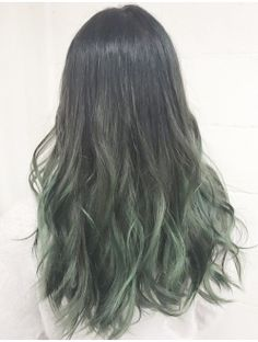 New hair color dark crazy ideas Dark Green Hair, Hair Color Dark, Ombre Hair Color, Hair Color Balayage, Dark Hair, Purple Ombre, Dye My Hair, New Hair, Dark Balayage