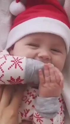 Cute Funny Baby Videos, Cute Baby Boy Images, Cute Funny Babies, Cute Baby Names, Funny Baby Memes, Funny Videos For Kids, Baby Boy Pictures, Cute Baby Pictures, Cute Kids